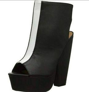 New Black/White High Platform Ankle Boots